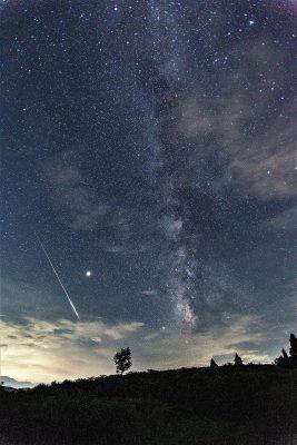 第14回【入賞】流星と天の川銀河