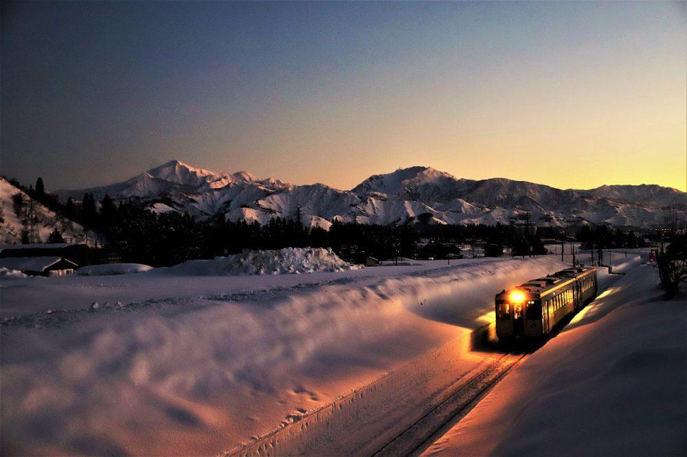 第17回【金賞】夕日に染まる越後三山